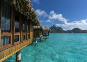 polynesie-hotel-st-regis-bora-bora-123.jpg