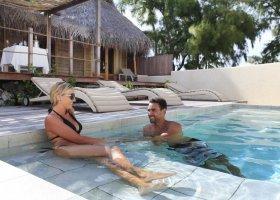 polynesie-hotel-tikehau-pearl-beach-resort-018.jpg