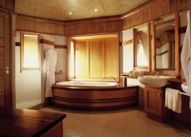 polynesie-hotel-tikehau-pearl-beach-resort-029.jpg