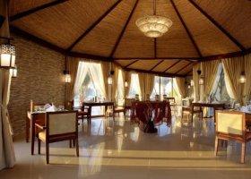ras-al-khaimah-hotel-banyan-tree-ras-al-khaimah-003.jpg