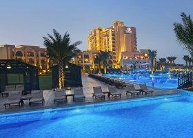 ras-al-khaimah-hotel-doubletree-by-hilton-marjan-island-066.jpg
