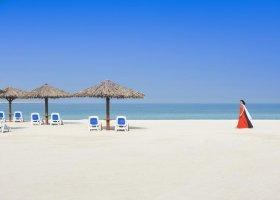 ras-al-khaimah-hotel-hilton-al-hamra-beach-golf-070.jpg