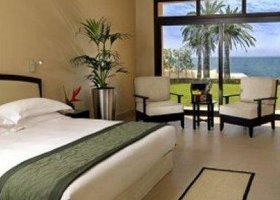 ras-al-khaimah-hotel-the-cove-rotana-resort-059.jpg