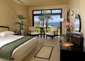 ras-al-khaimah-hotel-the-cove-rotana-resort-070.jpg