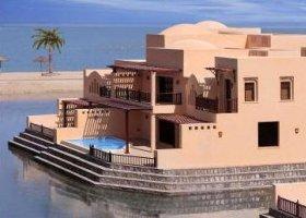 ras-al-khaimah-hotel-the-cove-rotana-resort-076.jpg