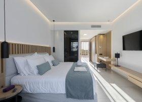 recko-hotel-d-andrea-lagoon-010.jpg