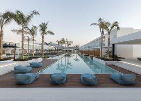 recko-hotel-d-andrea-lagoon-018.jpg
