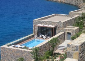 recko-hotel-daios-cove-luxury-resort-villas-004.jpg
