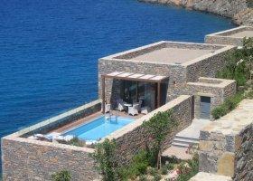 recko-hotel-daios-cove-luxury-resort-villas-004.jpg