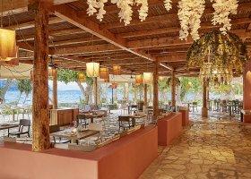 recko-hotel-daphnila-bay-dassia-002.jpg