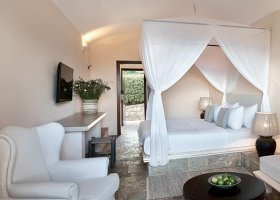 recko-hotel-daphnila-bay-dassia-026.jpg