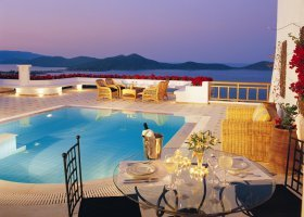 recko-hotel-elounda-gulf-villas-and-suites-001.jpg