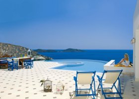 recko-hotel-elounda-gulf-villas-and-suites-023.jpg