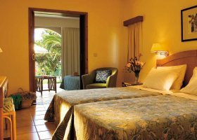 recko-hotel-grecotel-royal-park-031.jpg