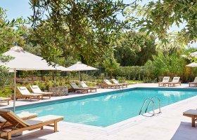 recko-hotel-grecotel-villa-oliva-004.jpg