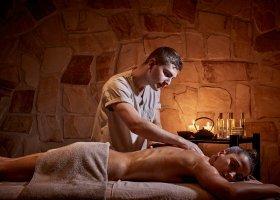 recko-hotel-kouros-hotel-suites-014.jpg
