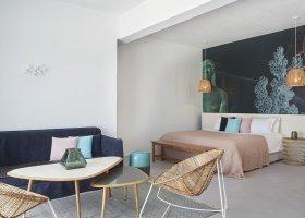 recko-hotel-kouros-hotel-suites-036.jpg