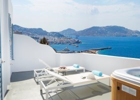 recko-hotel-kouros-hotel-suites-038.jpg