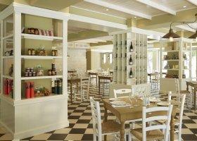 recko-hotel-marbella-corfu-044.jpg