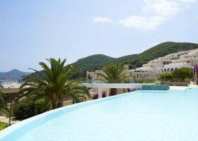 recko-hotel-marbella-corfu-046.jpg