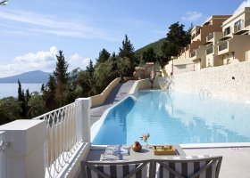 recko-hotel-marbella-nido-004.jpg