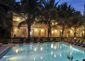 reunion-hotel-alamanda-013.jpg