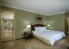 seychely-hotel-berjaya-beau-vallon-069.jpg