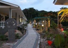 seychely-hotel-cabanes-des-anges-014.jpg
