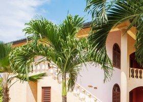 seychely-hotel-castello-beach-hotel-030.jpg