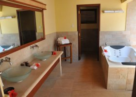 seychely-hotel-cerf-island-resort-013.jpg
