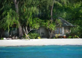 seychely-hotel-denise-private-island-001.jpg