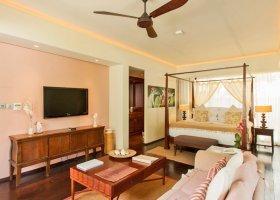 seychely-hotel-dhevatara-beach-hotel-spa-praslin-053.jpg