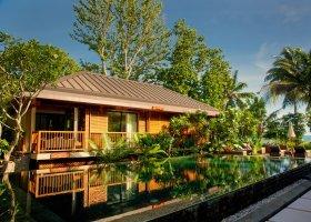 seychely-hotel-dhevatara-beach-hotel-spa-praslin-055.jpg