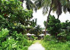 seychely-hotel-dhevatara-beach-hotel-spa-praslin-059.jpg