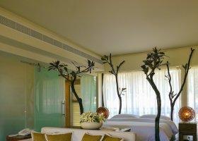 seychely-hotel-dhevatara-beach-hotel-spa-praslin-062.jpg
