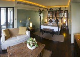 seychely-hotel-dhevatara-beach-hotel-spa-praslin-063.jpg