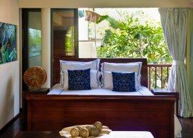 seychely-hotel-dhevatara-beach-hotel-spa-praslin-068.jpg