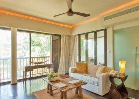seychely-hotel-dhevatara-beach-hotel-spa-praslin-069.jpg