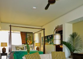 seychely-hotel-dhevatara-beach-hotel-spa-praslin-072.jpg