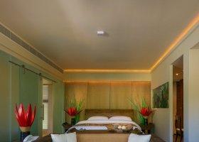 seychely-hotel-dhevatara-beach-hotel-spa-praslin-073.jpg