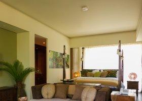 seychely-hotel-dhevatara-beach-hotel-spa-praslin-074.jpg