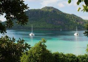 seychely-hotel-enchanted-island-resort-005.jpg