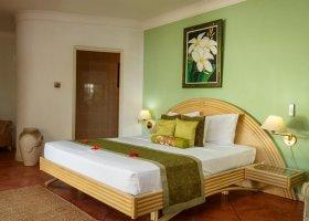seychely-hotel-l-habitation-cerf-island-027.jpg