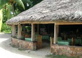 seychely-hotel-la-digue-island-lodge-025.jpg
