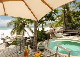 seychely-hotel-north-island-resort-078.jpg