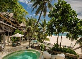 seychely-hotel-north-island-resort-088.jpg