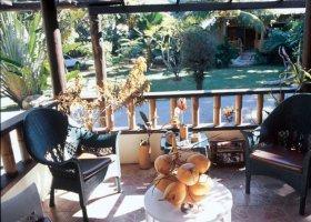seychely-hotel-romance-bungalows-012.jpg