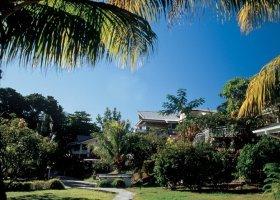 seychely-hotel-romance-bungalows-013.jpg