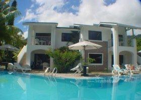 seychely-hotel-sun-resort-008.jpg