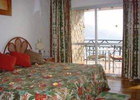 seychely-hotel-sunset-beach-040.jpg